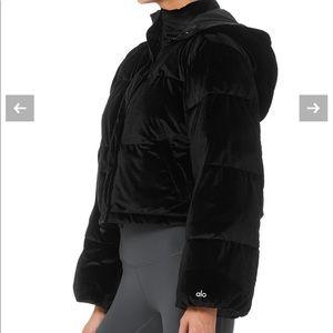 Alo yoga velvet puffer winter coat jacket medium